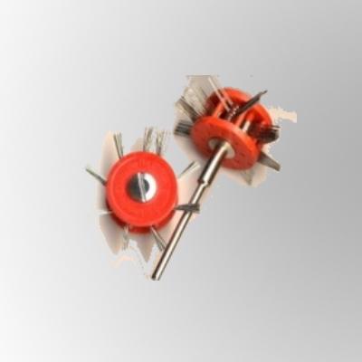 Miniatur-Mattschlagbürsten, montiert