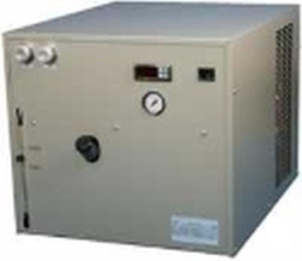 Kühlung: Wasserrückkühler 3,6 kW